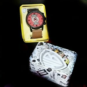 WB looney toons wrist watch with bugs Bunny